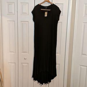 NWT Black hi-lo dress